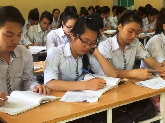 Thí sinh là học sinh THPT nộp phiếu ĐKDT tại nơi mình học
