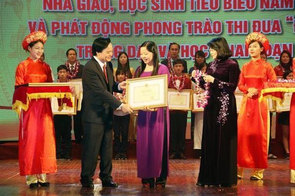 Phó Chủ tịch nước Đặng Thị Ngọc Thịnh mong muốn đổi mới giáo dục gắn với hội nhập, chuẩn hóa chất lượng