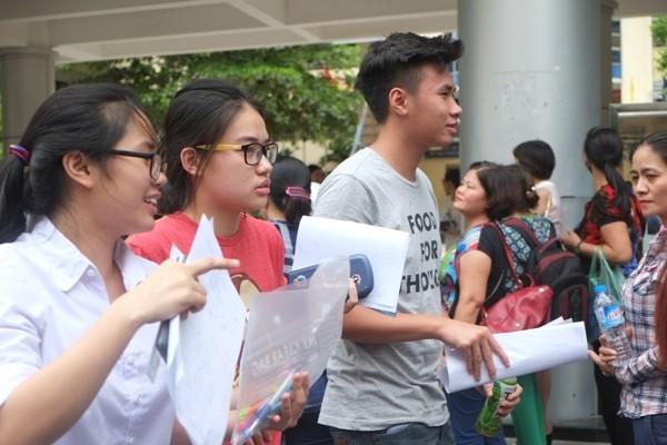 ĐHQG Hà Nội không tổ chức thi riêng mà xét tuyển hơn 7.300 chỉ tiêu theo kết quả thi THPT quốc gia