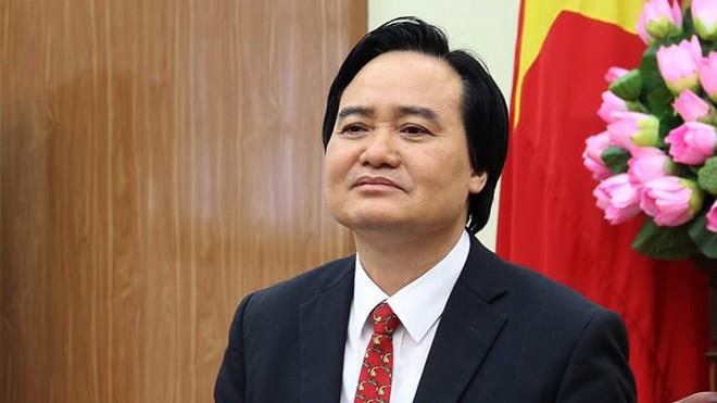 Bộ trưởng Bộ GD-ĐT Phùng Xuân Nhạ chủ trì họp bàn về kết quả công tác giáo dục năm học 2017-2018 và chuẩn bị cho năm mới