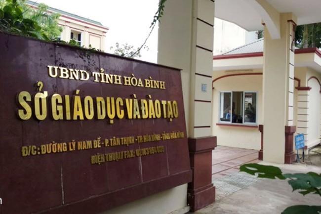 Vụ gian lận điểm thi THPT quốc gia: Hàng trăm cán bộ giáo dục Hòa Bình bị yêu cầu kiểm điểm