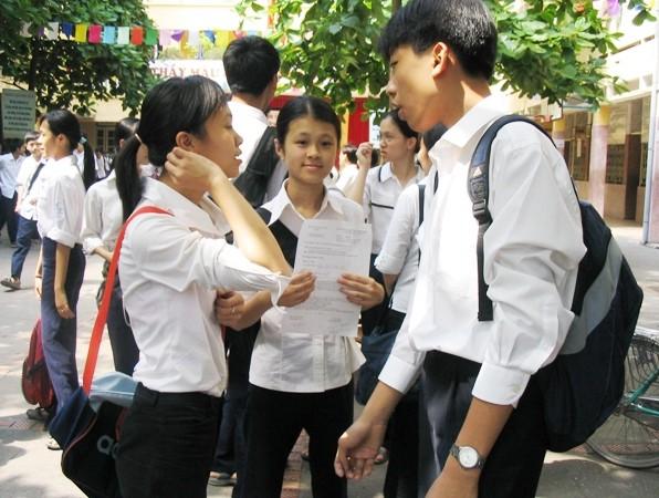 Học sinh lớp 9 không bắt buộc phải có chứng chỉ nghề mới được xét tuyển lớp 10 THPT công lập