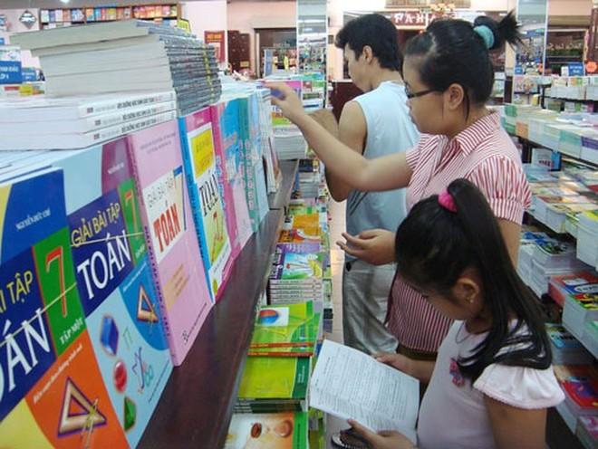 Nhà xuất bản giáo dục Việt Nam muốn tăng giá SGK để bù lỗ