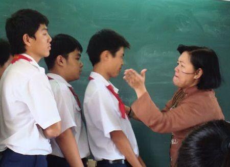 Bộ quy tắc đầu tiên về ứng xử trong trường học được Bộ GD-ĐT ban hành sau nhiều vụ việc tai tiếng xảy ra trong ngành