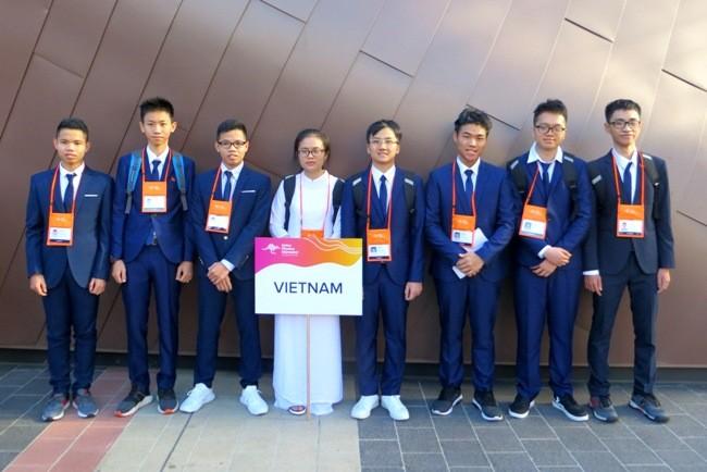 Đôi song sinh trường chuyên Biên Hòa, Hà Nam cùng vào đội tuyển quốc gia Olympic Vật lí châu Á