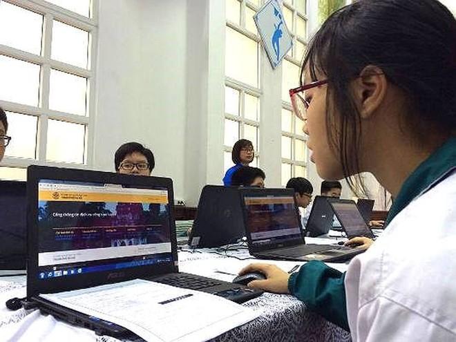 Hà Nội chính thức nhận đăng ký tuyển sinh trực tuyến từ ngày 1/8/2020 cho năm học mới 2020-2021