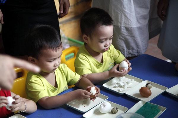 """Một trong những sáng kiến được đánh giá cao ở khối mầm non là """"Ngày hội trứng"""" của cô giáo mầm non Cát Linh"""