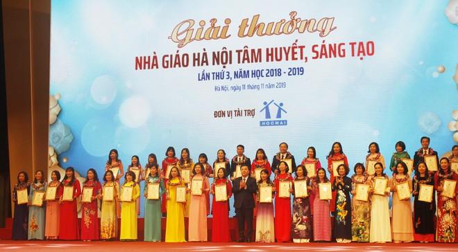 """Năm 2019 Hà Nội có 40 nhà giáo được trao tặng Giải thưởng """"Nhà giáo Hà Nội tâm huyết, sáng tạo"""""""