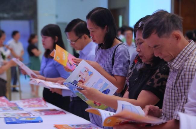 Tháng 7-2020, Bộ GDĐT sẽ tổ chức thẩm định sách giáo khoa lớp 2 mới
