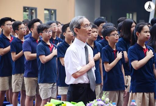 Thầy Nguyễn Xuân Khang đề xuất bỏ môn thi thứ 4 vào lớp 10 Hà Nội, giảm môn thi THPT QG để thích ứng với thực tế cả nước đang phòng chống dịch bệnh