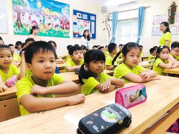 Năm học mới, Hà Nội tiếp tục siết chặt tuyển sinh trái tuyến, hạn chế tối đa với những trường đã đủ chỉ tiêu