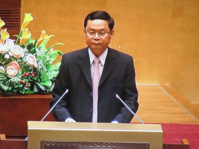 Tổng Thanh tra Chính phủ Huỳnh Phong Tranh báo cáo trước Quốc hội sáng 28-10