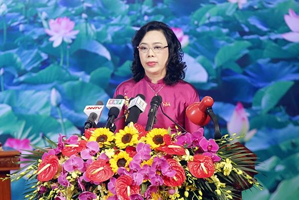 Phó Bí thư Thường trực Thành ủy Ngô Thị Thanh Hằng đọc diễn văn bế mạc Đại hội