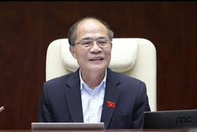 """Chủ tịch Quốc hội Nguyễn Sinh Hùng liên tiếp """"nhắc"""" Bộ trưởng Bộ Nội vụ trả lời đúng trọng tâm câu hỏi"""