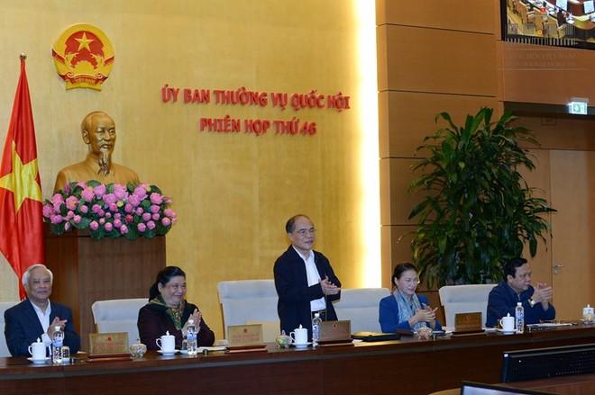 """Chủ tịch Quốc hội Nguyễn Sinh Hùng đề nghị đánh giá """"đậm"""" vai trò của ĐBQH"""