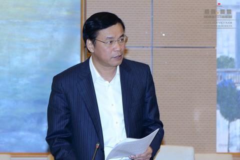 Tổng thư ký Quốc hội Nguyễn Hạnh Phúc trình bày chương trình dự kiến kỳ họp 11