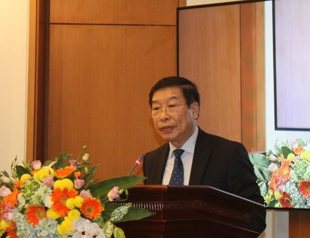 Ông Lê Minh Thông thông báo chương trình dự kiến kỳ họp 11 Quốc hội khóa XIII (Ảnh Thuần Thư)
