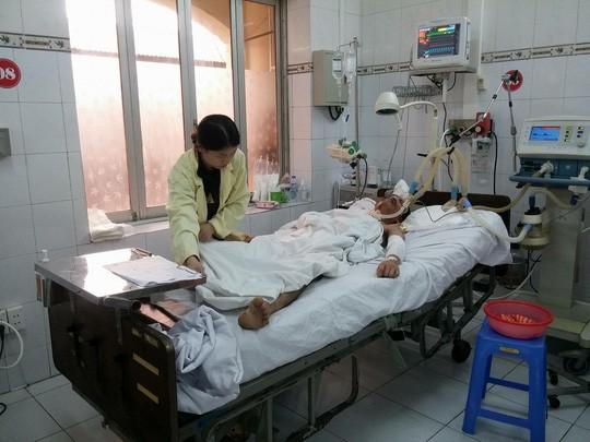 Nạn nhân Đặng Cao Thủy điều trị tại Bệnh viện Quân y 103 trước khi tử vong