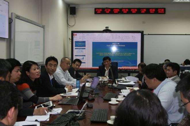 Thứ trưởng Bộ Y tế Nguyễn Thanh Long chủ trì cuộc họp khẩn về phòng chống dịch bệnh do virus Zika