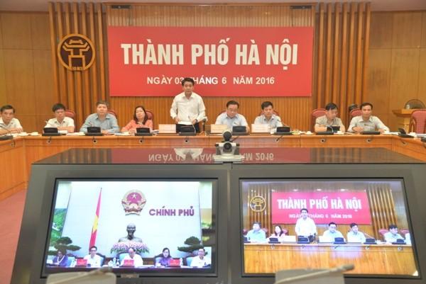 Chủ tịch UBND TP Hà Nội Nguyễn Đức Chung phát biểu tham luận tại hội nghị