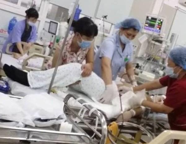 Sản phụ Nguyễn Thị Ánh được chuyển lên cấp cứu tại Bệnh viện Bạch Mai rồi tử vong
