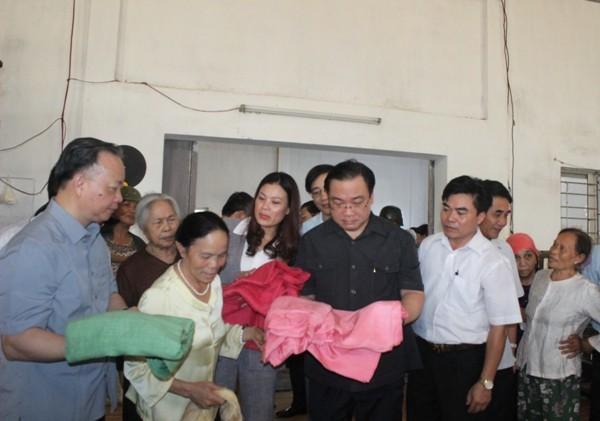Làng nghề dệt Phùng Xá có khoảng 40 doanh nghiệp, giải quyết việc làm cho 7.000 lao động