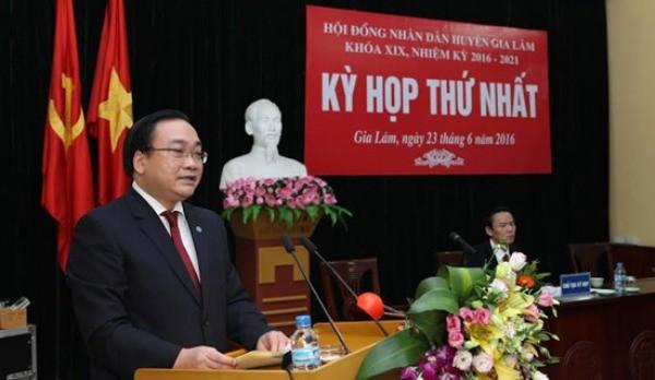 Bí thư Thành ủy Hà Nội Hoàng Trung Hải phát biểu tại kỳ họp thứ nhất