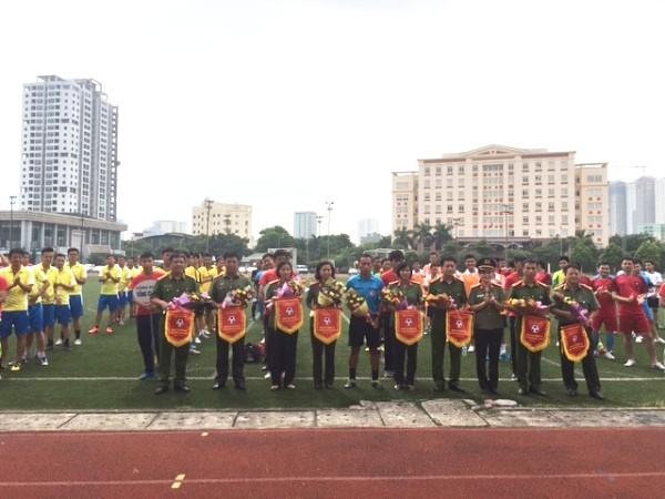 Khai mạc giải giao lưu bóng đá Cụm thi đua số 1 Công đoàn CAND