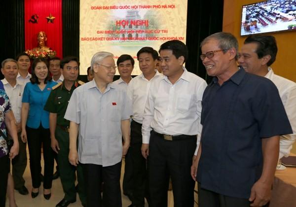 Tổng Bí thư Nguyễn Phú Trọng tiếp xúc cử tri quận Hoàn Kiếm, Ba Đình sáng 6-8