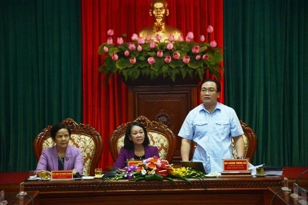Bí thư Thành ủy Hà Nội Hoàng Trung Hải phát biểu tiếp thu ý kiến đoàn công tác