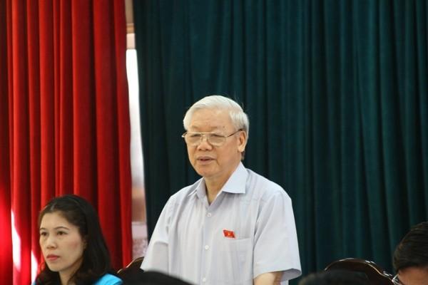 Tổng Bí thư Nguyễn Phú Trọng phát biểu tại buổi tiếp xúc cử tri