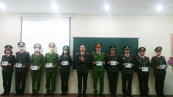 Giám đốc Trung tâm Huấn luyện bồi dưỡng nghiệp vụ CATP Hà Nội Phạm Ngọc Bích