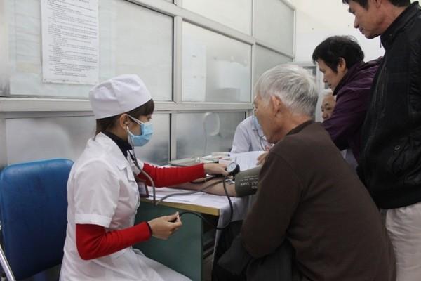 Hà Nội: Ngày đầu lập hồ sơ điện tử quản lý sức khỏe cá nhân ảnh 4