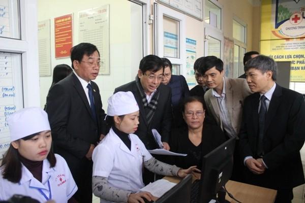 Hà Nội: Ngày đầu lập hồ sơ điện tử quản lý sức khỏe cá nhân ảnh 6