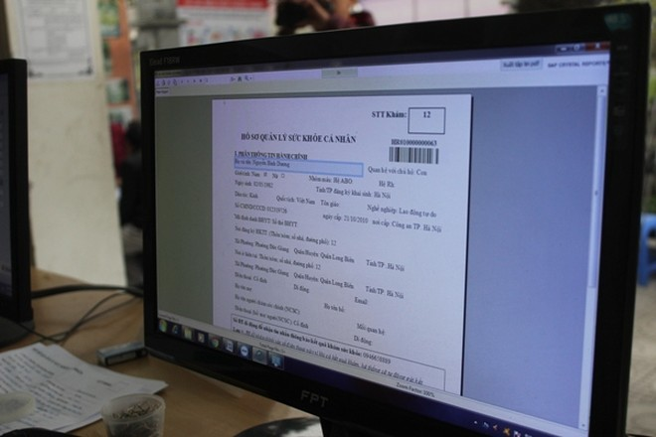 Hà Nội: Ngày đầu lập hồ sơ điện tử quản lý sức khỏe cá nhân ảnh 5