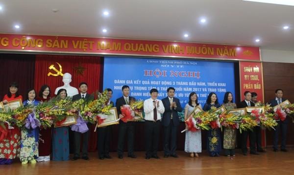 Đợt này, Hà Nội có 3 cá nhân được phong tặng danh hiệu Thầy thuốc Nhân dân