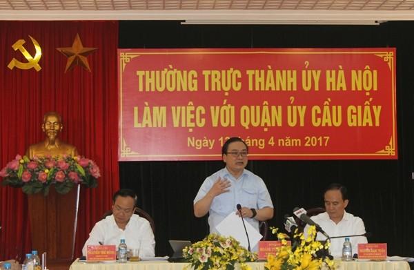 Bí thư Thành ủy Hoàng Trung Hải phát biểu chỉ đạo tại buổi làm việc với Quận ủy Cầu Giấy