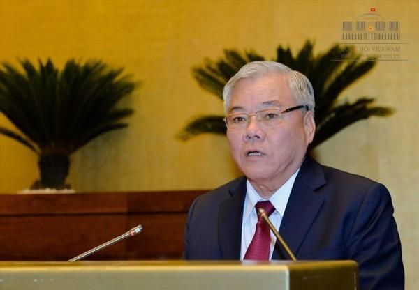 Tổng Thanh tra Chính phủ phát biểu tại một kỳ họp của Quốc hội khóa XIV
