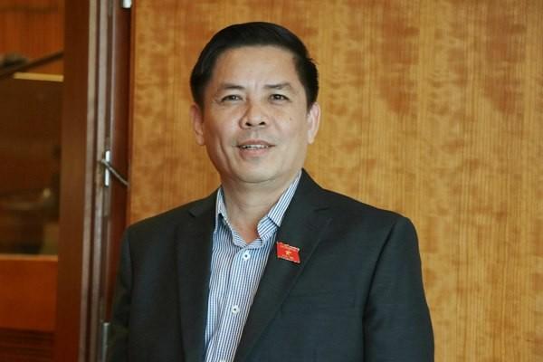 Tân Bộ trưởng Bộ GTVT Nguyễn Văn Thể sau khi đ