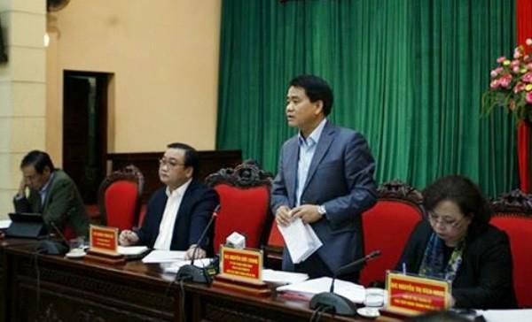 Chủ tịch UBND TP Nguyễn Đức Chung phát biểu tại hội nghị sáng 19-11