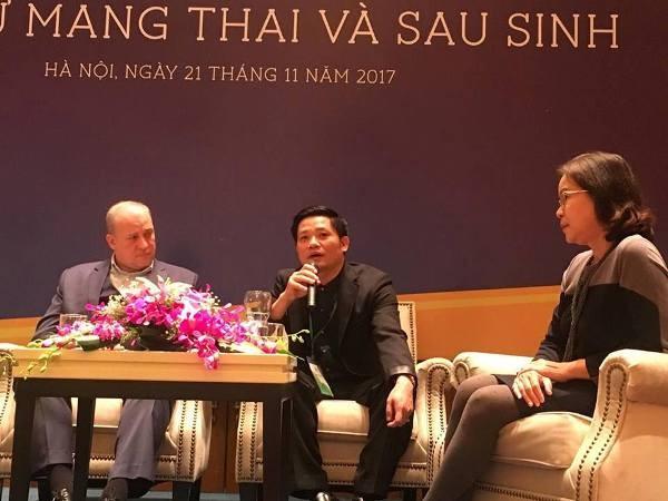 PGS.TS Nguyễn Duy Ánh, Giám đốc BV Phụ sản Hà Nội chia sẻ tại buổi tọa đàm