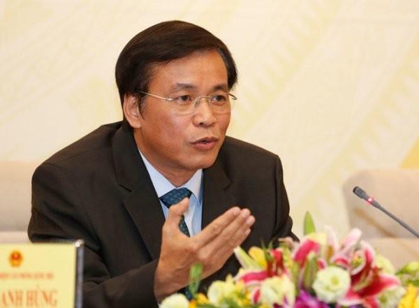 Tổng thư ký Quốc hội Nguyễn Hạnh Phúc trả lời tại buổi họp báo