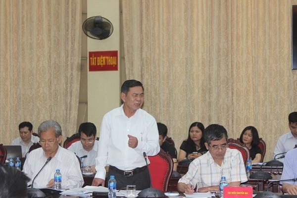 Các chuyên gia, nhà khoa học phát biểu góp ý về mô hình chính quyền đô thị của thành phố Hà Nội tại hội thảo
