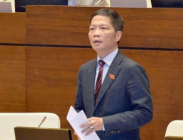 Bộ trưởng Bộ Công Thương Trần Tuấn Anh giải trình các ý kiến góp ý của ĐBQH