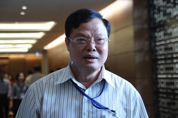 Cục trưởng Cục Chống tham nhũng Phạm Trọng Đạt tại hành lang Quốc hội