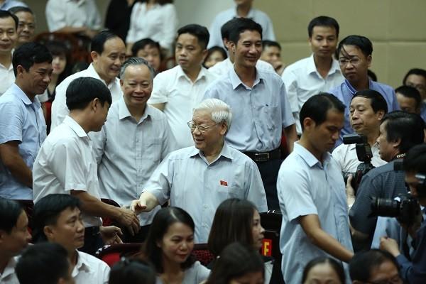 Tổng Bí thư Nguyễn Phú Trọng tiếp xúc cử tri tại quận Thanh Xuân sáng nay, 17-6