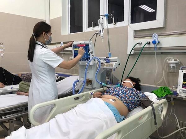 Cấp cứu nữ bệnh nhân bị đột quỵ, đứt mạch máu não vì nắng nóng ở Hà Nội