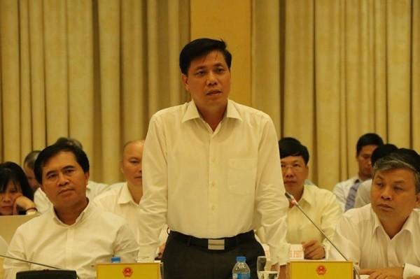 Thứ trưởng Bộ GTVT Nguyễn Ngọc Đông tại buổi họp báo Chính phủ