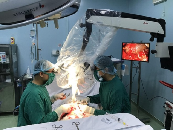 Một ca vi phẫu nối dương vật bị cắt đứt lìa cho một bệnh nhân (ảnh minh họa)