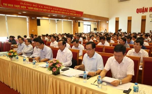 Các đại biểu dự hội thảo góp ý về mô hình chính quyền đô thị thành phố Hà Nội
